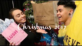 Christmas Shopping Vlog! (Jules & Saud)