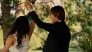 Zac Efron's Kissing Scene with Nikki Blonsky and Vanessa Hudgens
