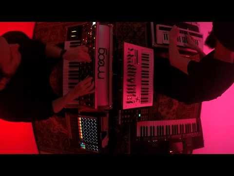 Losless - Sweety George (Studio Live Session) Traum V219