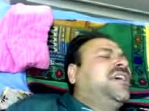 بهجت جبش يقراء قران بعد العملية في مستشفى تلعفر العام