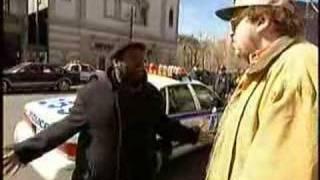 Michael Moore- Las Alucinaciones de los Policias