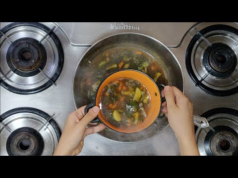 VEGETABLE HOT GARLIC CLEAR SOUP