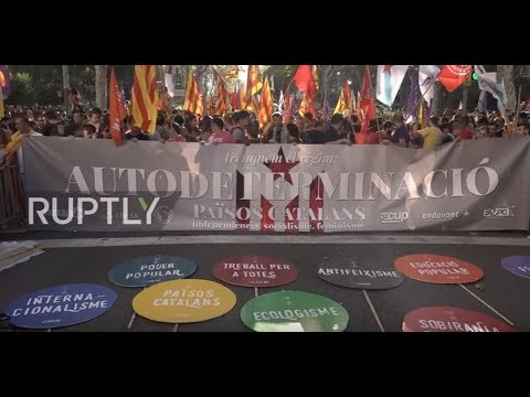 Spain: Barcelona's 'anti-capitalists' join push for Catalan separatism on Independence Day