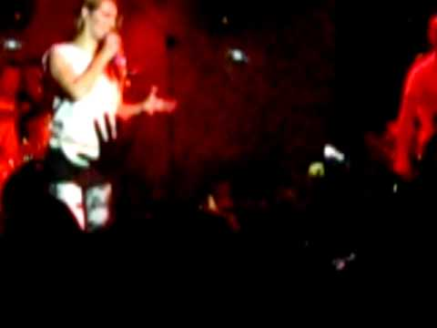 Guano apes - live in Moscow- Sandra Nasic - Речь Сандры 22/04/2011
