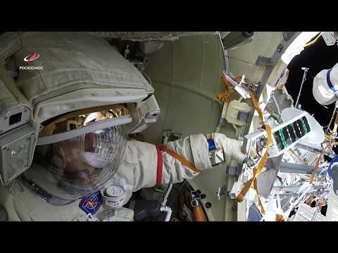 Выход в открытый космос 15 августа. Космонавт Олег Артемьев!!!!