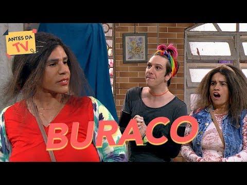 Sara Jane está presa num BURACO!   Tô de Graça   Último episódio da temporada   Humor Multishow