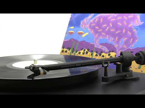 Nitty Gritty Dirt Band - Fishin' In The Dark (Official Vinyl Video)