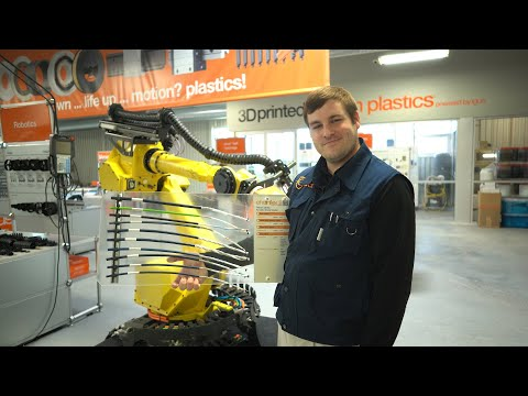 igus® Booth Tours - chainflex® Cables - Robotic Cables