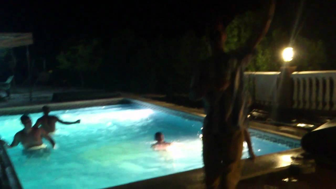 fieston casa rural en la piscina youtube