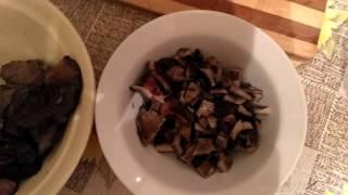 Салат из соленых груздей. Полезные советы