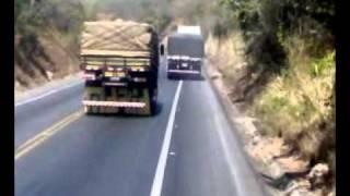 Coroa maluco descendo serra e fumaçando os freios! - Vlog Ls1941-