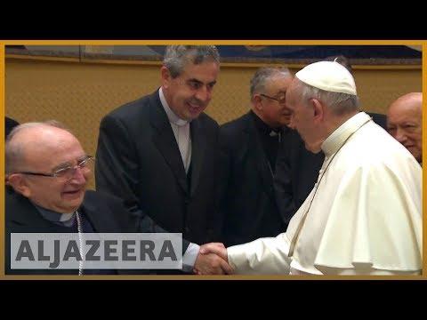 ???????? ???????? Pope Francis accepts resignation of three Chilean bishops   Al Jazeera English