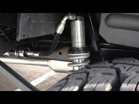 How to Fix a Oil Seal Leak in Your CarKaynak: YouTube · Süre: 2 dakika56 saniye