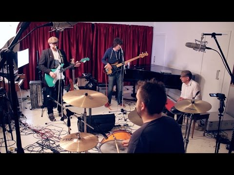 Elvis Costello medley - (I don't want to go to) Chelsea - Pump it up - Oliver's Army - Radio Radio