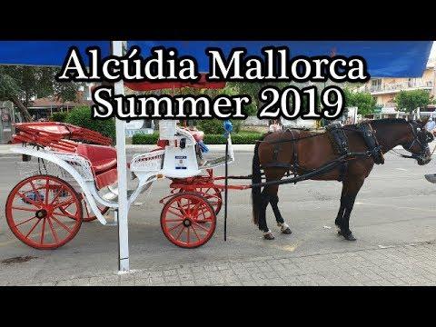 Alcudia travel guide | Horse drawn carriage ride | Alcudia Mallorca Spain
