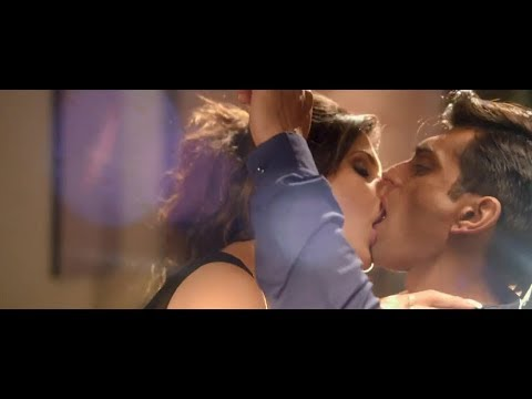 Zareen Khan All Kissing Scene From All Movies