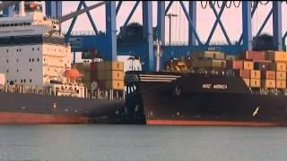 Pourquoi tant de conteneurs à la mer ?