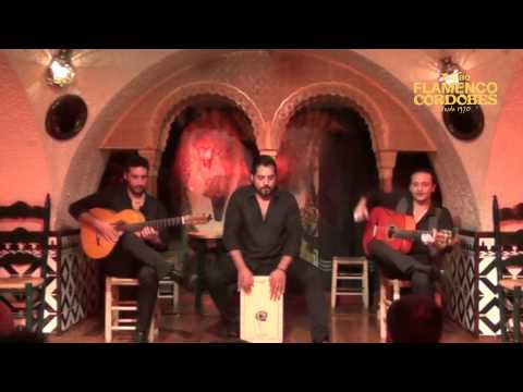 Flamenco Barcelona - Guitarra y Cajon en Tablao Flamenco Cordobes