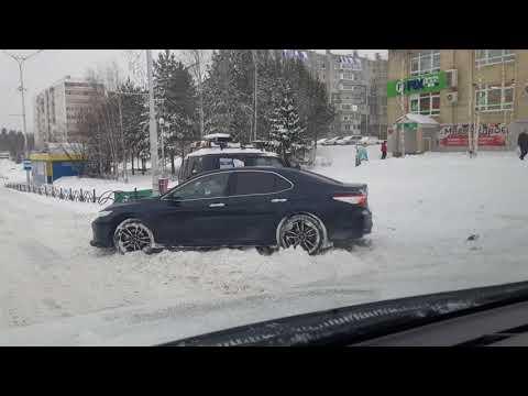 Снежный завал в Пыть Яхе