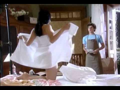 Anita com ou sem toalha