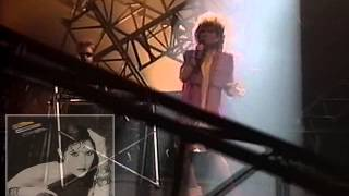 Watch Melissa Manchester Energy video