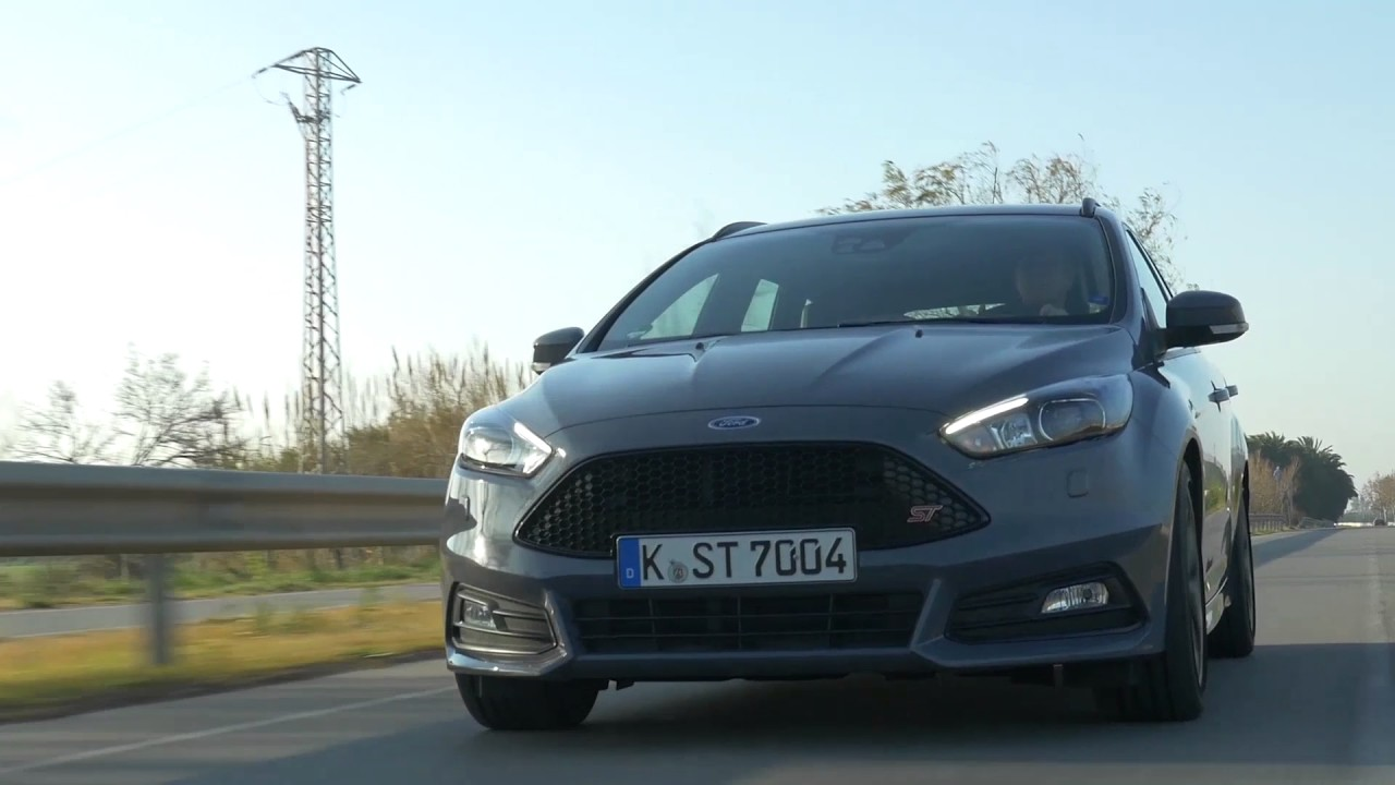 2018 ford focus st driving video in grey trailer. Black Bedroom Furniture Sets. Home Design Ideas