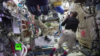 Frozen in zero gravity: Mannequin Challenge level 'Space'