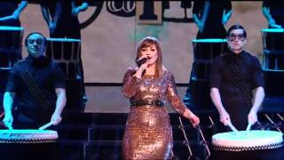 Kelly Clarkson - Mr. Know It All (The X Factor UK 2011)