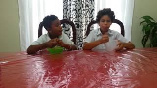 los primos HD (reto de comer coditos)perdedor (aguanta tres tuvasos)