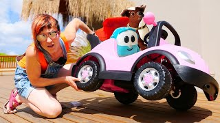 Фото Новая серия ПРО МАШИНКИ на Капуки Кануки - Грузовичок Лева катается на машине - Видео для детей