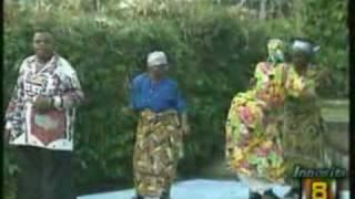 African Memories:Congo-Zaïre Music, Pépé Kallé dancing  Original Rumba with his Mother