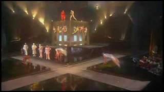 Cirque du Soleil La Nouba Acrobacia СОЛНЕЧНЫЙ ЦИРК, АКРОБАТИКА, БАТУТЫ.