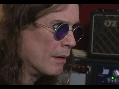 Ozzy Osbourne back in hospital as he suffers some complications with the flu..