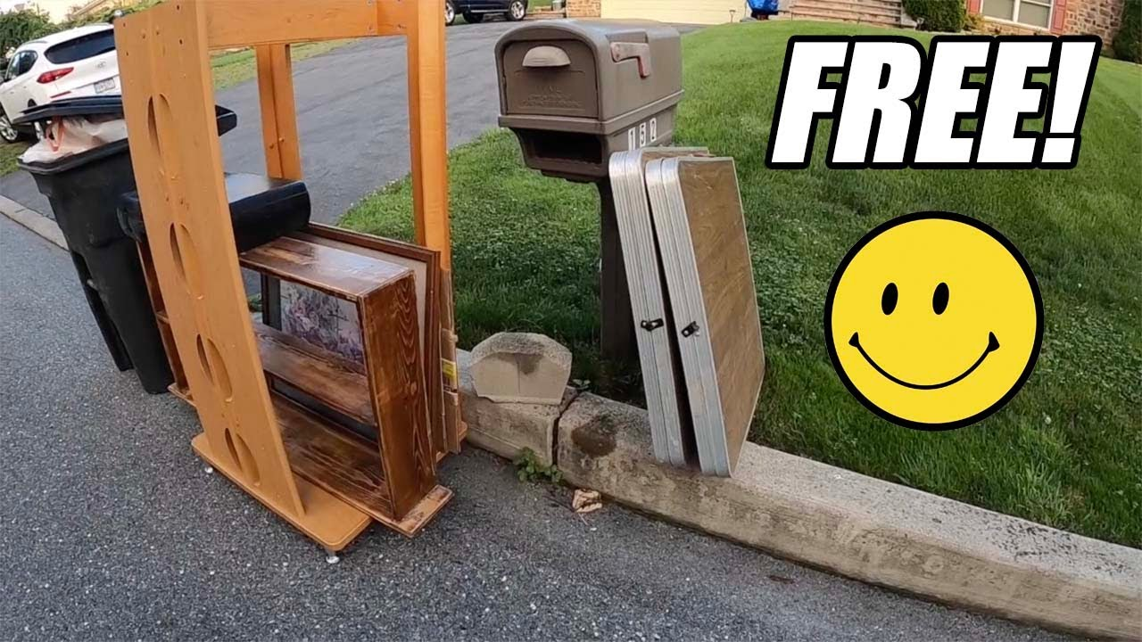 I LOVE PICKING UP FREE THINGS IN THE TRASH! Trash Picking Ep. 448