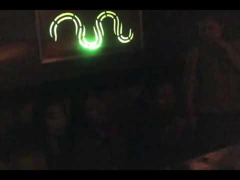 VID karaoke atrium