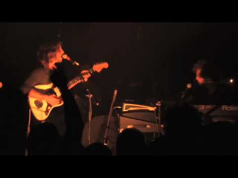 """Portugal The Man """"Lay Me Back Down"""" Live at Southpaw"""