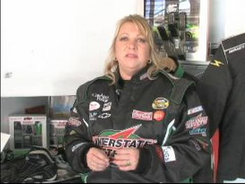 Equipment Check for Drag Racing : Shoes and Undergarments for Drag Racing