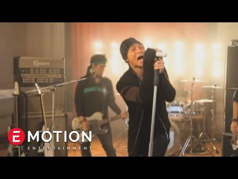 Drive - Akulah Dia (Official Video)
