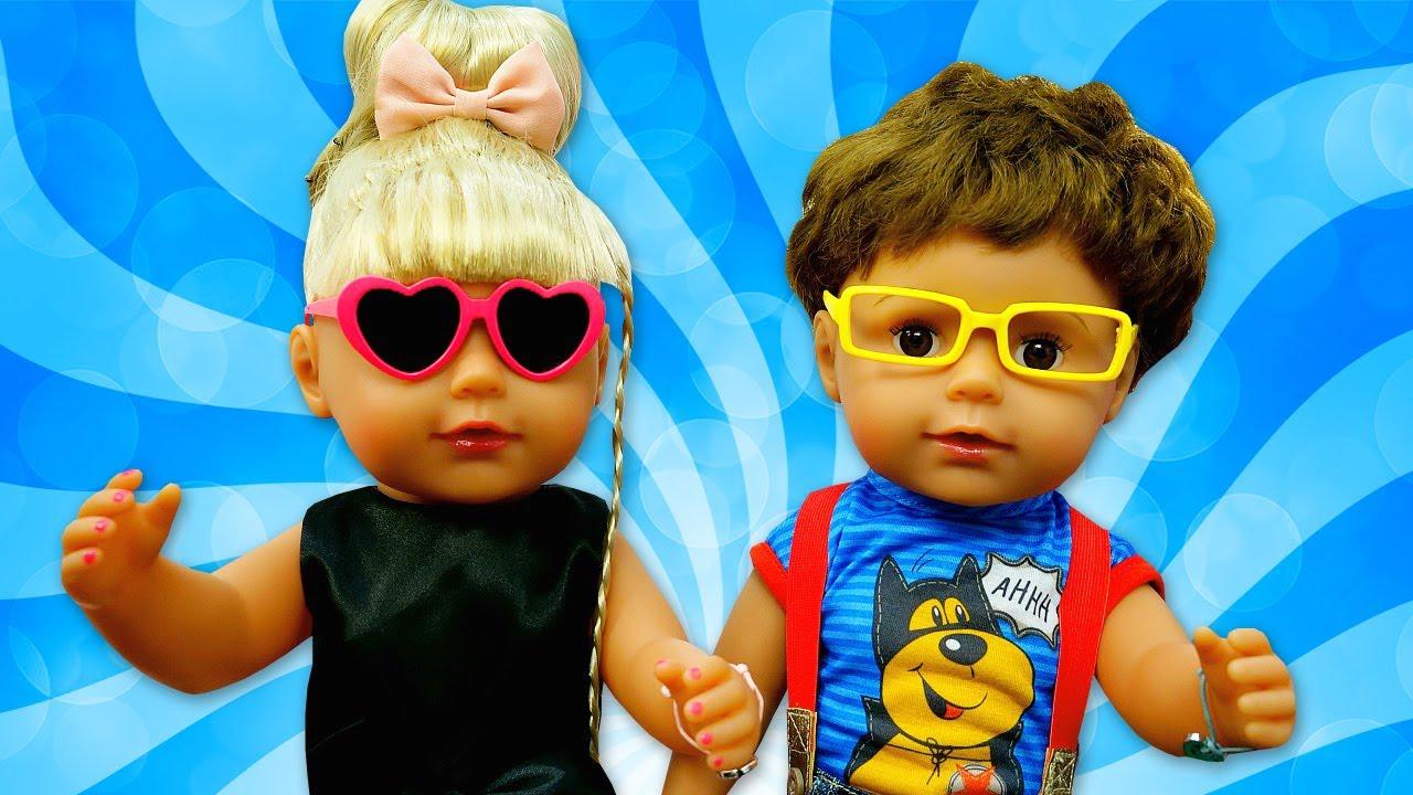 Baby Born se arruma para sair! Historinha com a boneca Baby Born em português