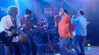 Bersuit // El viejo de arriba - En vivo en TVE (España) 2011