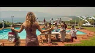 LA PAZZA GIOIA: Clip dal film - Beatrice arriva all'Argentario