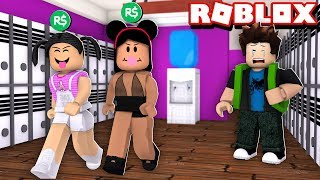 THE GIRL WHO ONLY WALKS WITH WHO HAS ROBUX LEARNED THE LESSON | ROBLOX-Bloxburg, Pennsylvania