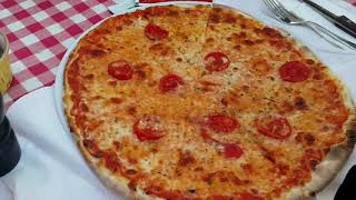 Trying out Italian Pizza from Arka Restaurant & Pizzeria. Bodrum - Travelling Turkey