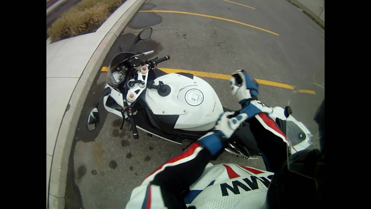 Bmw S1000rr Testing Gopro Hero Hd Helmet And Tank Mount Youtube