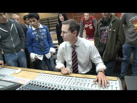 Platinum Premier: McGuinty tours Algonquin Colleges  new music production studio