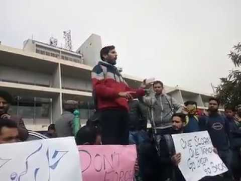 Kashmir University students protest after frisal kulgam incident......very aspiring speech