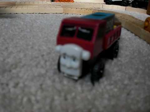 Lorry Takes a Tumble   Thomas & Friends Wooden Railway Adventures   Episode 7