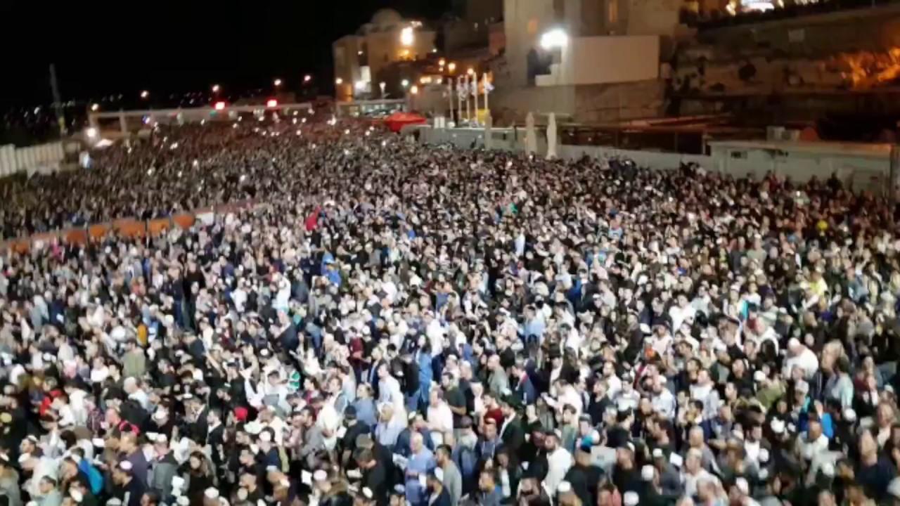 """מרן הרב יצחק יוסף בכותל המערבי לילה לפני יום כיפור תשע""""ח"""