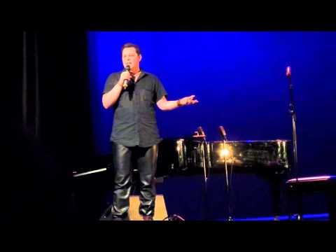 Jamie MacDonald (stand-up) @Savoy-teatteri 6.3.2016, Helsinki