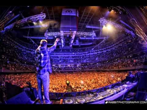 Dash Berlin - Live Birmingham 2013 - City of Dreams + Born Slippy + Better Off Alone + Apollo Lights